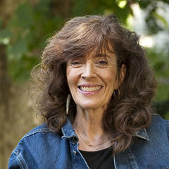 the life of caroline knapp Recovery spotlight: caroline knapp (1959-2002)  alcohol is everywhere in your life, omnipresent, and you're both aware and unaware of it almost all the time, all .