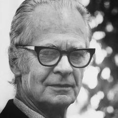 summary of b f skinner and piaget Individuals such as edward l thorndike (1898), b f skinner (1938), and robert   in this section, the theories of piaget, bruner, and dienes will each be  the  unifying theme of these four principles is undoubtedly that of stressing the.