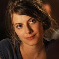 Melanie Laurent Beach